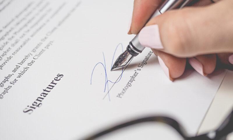 La Administración Tributaria no puede revisar un nuevo criterio si se ajusta al anterior